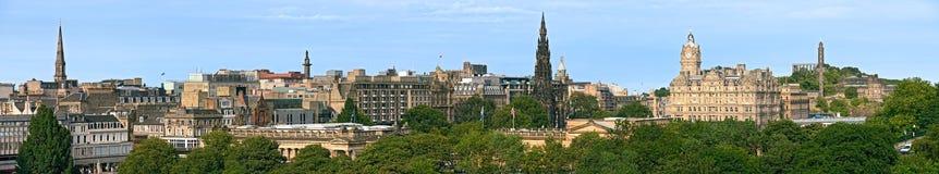 Príncipes Street, Edimburgo, Escocia, panorama Fotografía de archivo