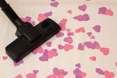 Próżniowy cleaner usuwa serca temat łamać z związków końcówka miłość Zdjęcia Stock