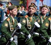 Próba kostiumowa parada na cześć zwycięstwo dzień na placu czerwonym na 7 może 2017 Kadeci Moskwa rozkazu wojskowego wysoki sc Zdjęcie Royalty Free