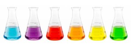 Próbki rozwiązanie w szklanej kolbie Fotografia Stock