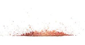 Próbki suchy rumieniec, proszek, bronzers i highlighter, rozpraszali w linii odizolowywającej na białym tle Zdjęcie Stock