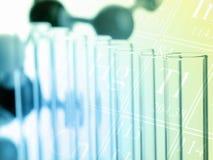 Próbne tubki z molekuła modela nauki pojęciem zdjęcia stock