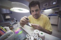 Prótesis dental de cerámica dental imagen de archivo