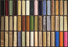Prövkopior av mång--färgade mattor Royaltyfri Bild