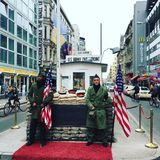 Prüfpunkt Charlie in Berlin, Deutschland lizenzfreie stockfotografie