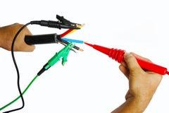 Prüfung des elektrischen Kabels Stockbild
