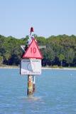 Prędkość podpisuje wewnątrz Zatoka Tampa Obraz Royalty Free