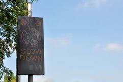 Prędkość znak ostrzegawczy Zdjęcia Royalty Free