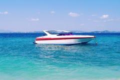 Prędkości łódź na morzu Obrazy Stock