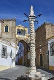 Pręgierz w Largo de Santa Clara kwadracie elvas Portugal fotografia stock