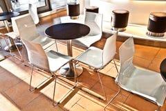 Prętowy krzesło w wczesnego poranku świetle przy lotniskiem Obrazy Royalty Free
