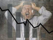 Prętowy wykres niskie sprzedaże i bankrutującego prevision grunge brudny złożony projekt z zmęczonym sfrustowanym biznesmenem Fotografia Stock