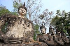 Pr för nhongkhai för tempel för hinduisk stil för Buddhastaty thai Arkivbild