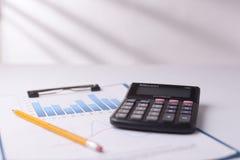 Prętowy wykres i kalkulator Obraz Stock