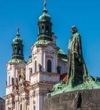 Praça da cidade velha, monumento de Jan Hus Fotografia de Stock