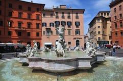 Praça Navona no verão Indicadores velhos bonitos em Roma (Italy) fotografia de stock