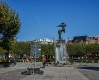 Praça pública em Bruges, Bélgica imagens de stock