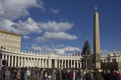 Praça San Pietro em Roma, com seu obelisco Foto de Stock
