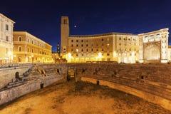 Praça Santo Oronzo e Roman Amphitheatre em Lecce imagem de stock royalty free