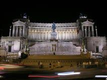 Praça Venezia na noite, Roma Imagem de Stock
