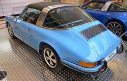 PRAAG - APRIL 14: Porsche 911 reeksen van Targa F (1973) Royalty-vrije Stock Foto