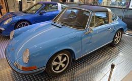 PRAAG - APRIL 14: Porsche 911 reeksen van Targa F (1973) Royalty-vrije Stock Fotografie