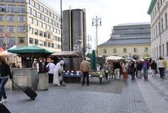 Praag, 29 augustus: Markttribunes in Praag, Tsjechische Republiek Royalty-vrije Stock Fotografie
