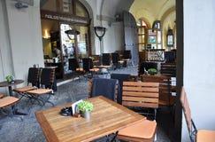Praag, 29 augustus: Terras van Praag in Tsjechische Republiek Royalty-vrije Stock Fotografie