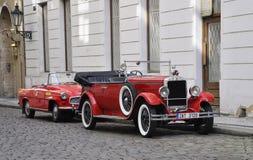 Praag, 29 Augustus: Uitstekende Auto op straten van Praag in Tsjechische Republiek Stock Afbeelding