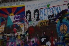 Praag John Lennon Wall stock afbeeldingen