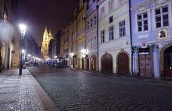 Praag in nacht. Czechia Royalty-vrije Stock Afbeeldingen