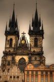 Praag, Oud Stadhuis (15de Eeuw), Stadsvierkant en Kerk van Stock Afbeeldingen