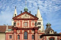 PRAAG, TSJECHISCHE REPUBLIC/EUROPE - 24 SEPTEMBER: De Heilige George Stock Foto's