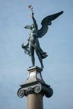 PRAAG, TSJECHISCHE REPUBLIC/EUROPE - 24 SEPTEMBER: Engel bovenop a Stock Afbeeldingen