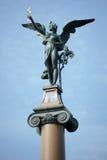 PRAAG, TSJECHISCHE REPUBLIC/EUROPE - 24 SEPTEMBER: Engel bovenop a Stock Foto's