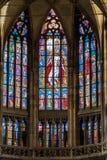 PRAAG, TSJECHISCHE REPUBLIEK - 12 KUNNEN, 2017: Het mooie binnenland van St Vitus Cathedral in Praag, Tsjechische Republiek Stock Foto