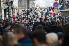 Praag, Tsjechische Republiek - 10 Maart 2018 - menigte van mensen stock foto's