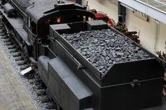 Praag, Tsjechische Republiek - 23 September, 2017: Stoomlocomotief met steenkool in nationaal technisch museum in Praag, Tsjechis stock afbeeldingen