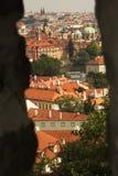 Praag, Tsjechische republiek van kasteelmuur Stock Afbeeldingen