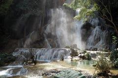 Prabang luang водопадов Tat Kuang Si в Lao Стоковое Изображение