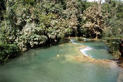 Prabang luang водопадов Tat Kuang Si в Lao Стоковая Фотография RF