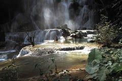 Prabang luang водопадов Tat Kuang Si в Lao Стоковое фото RF