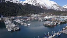Prac łodzie w Alaskiej wodzie zbiory wideo