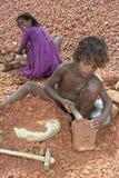 Praca dzieci, kamienni łamacze w Bangladesz obraz royalty free