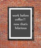 Praca przed kawą pisać w obrazek ramie Fotografia Stock