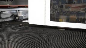 Praca uderza pięścią maszynę CNC zbiory wideo