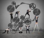 Praca zespołowa biznesmeni ilustracja wektor