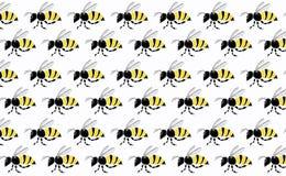 Praca zespołowa pszczoły latanie na białym tle fotografia stock