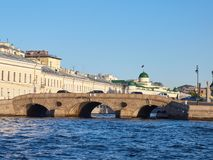 Prachechny tvätteribro i St Petersburg, Ryssland royaltyfri fotografi