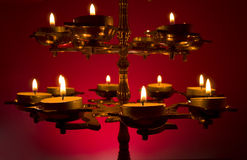 Prachtig de Lamp van Lit op Donkerrode B Royalty-vrije Stock Fotografie